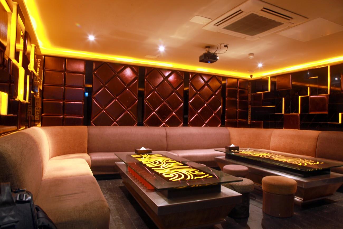 Red Diner | Chinese Karaoke Restaurant | Newcastle Upon Tyne